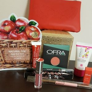 A lot cosmetic OFRA, Luxie pop (NWOT)